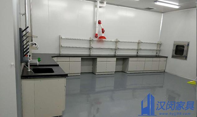 上海某化妆品有限公司实验室家具定制案例